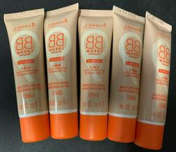 1 Rimmel London BB Cream Radiance 9 in 1 Foundation SPF 20 L